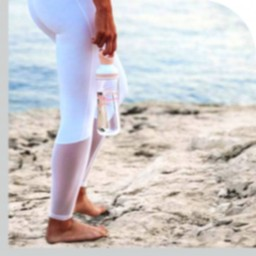 botellas agua playa home 1.png